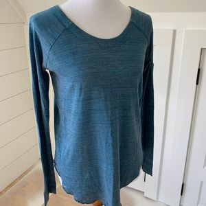 Chaser long sleeve teal top S